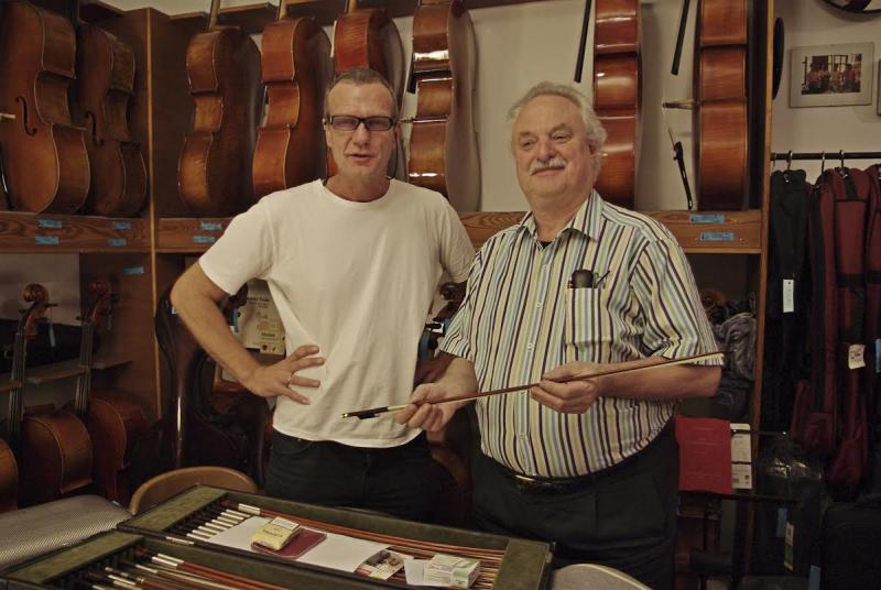 Bernd Etzler and Péter Benedek in his workshop in Munich